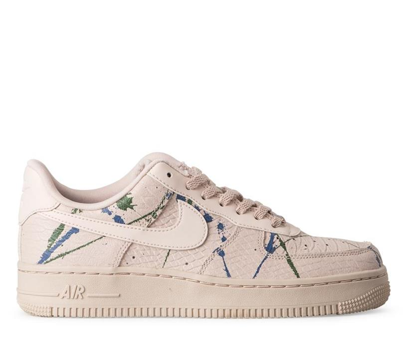 Womens Air Force 1 Lux