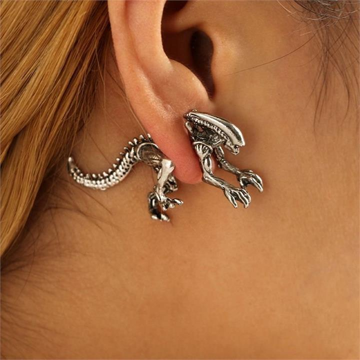 1 Pair Xenomorph Alien Earrings