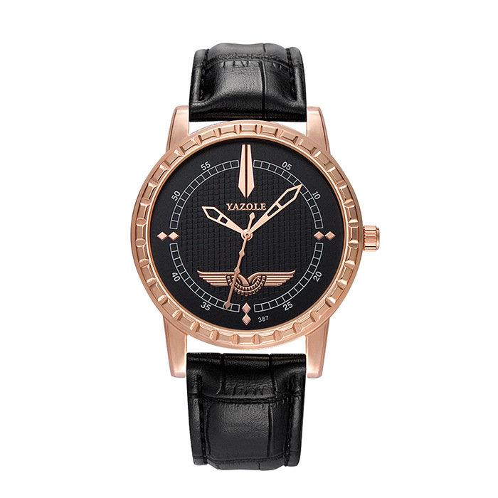 Men Leather Quartz Watch