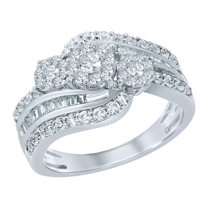 1 Carat Diamond Ring set in Sterling Silver